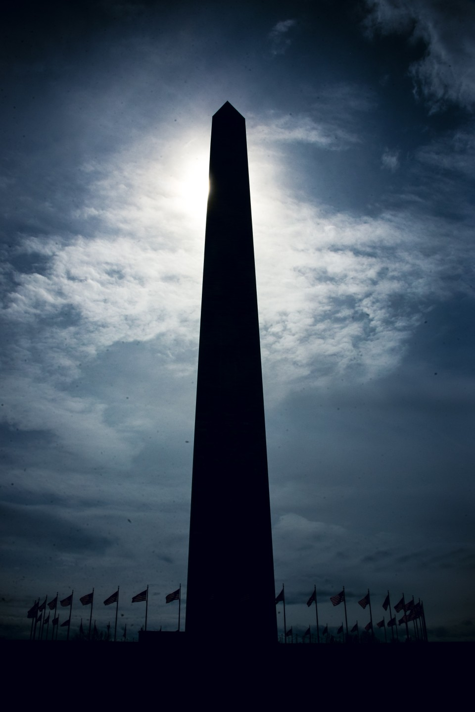 http://humanstories.photography/wp-content/uploads/2015/03/washington-monument-001-copy-960x1438_c.jpg