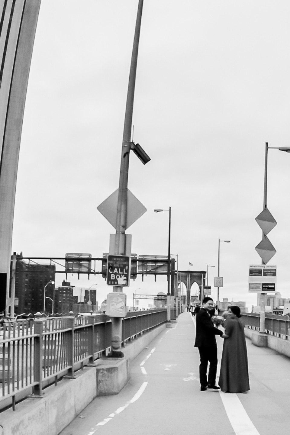 http://humanstories.photography/wp-content/uploads/2015/10/bklyn-bridge-wedding-001-960x1440_c.jpg